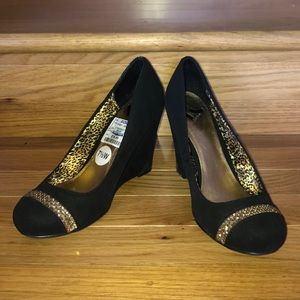 Beautiful Black Wedges with Gold bling